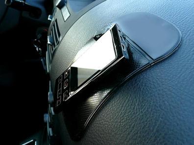 NanoPodložka černá průsvitná - protiskluzová nano podložka do auta Nanooriginal