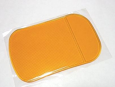 NanoPodložka oranžová průsvitná - protiskluzová nano podložka do auta Nanooriginal