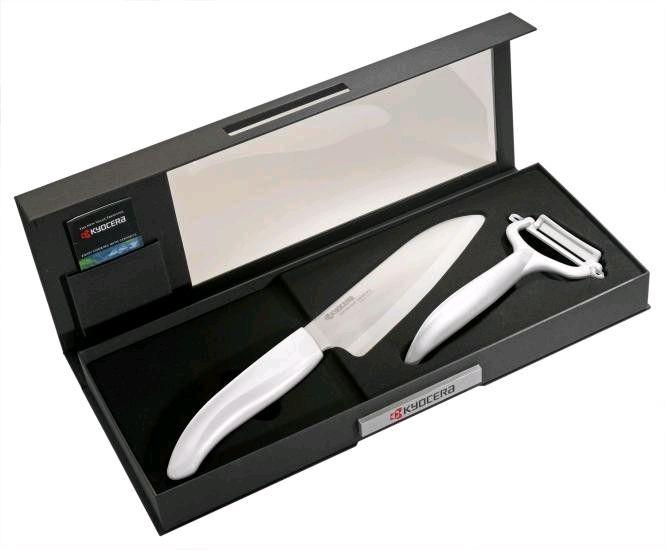 Keramický nůž Kyocera FK-140WH-WH + škrabka CP-10NWH - dárkové balení v černé krabičce